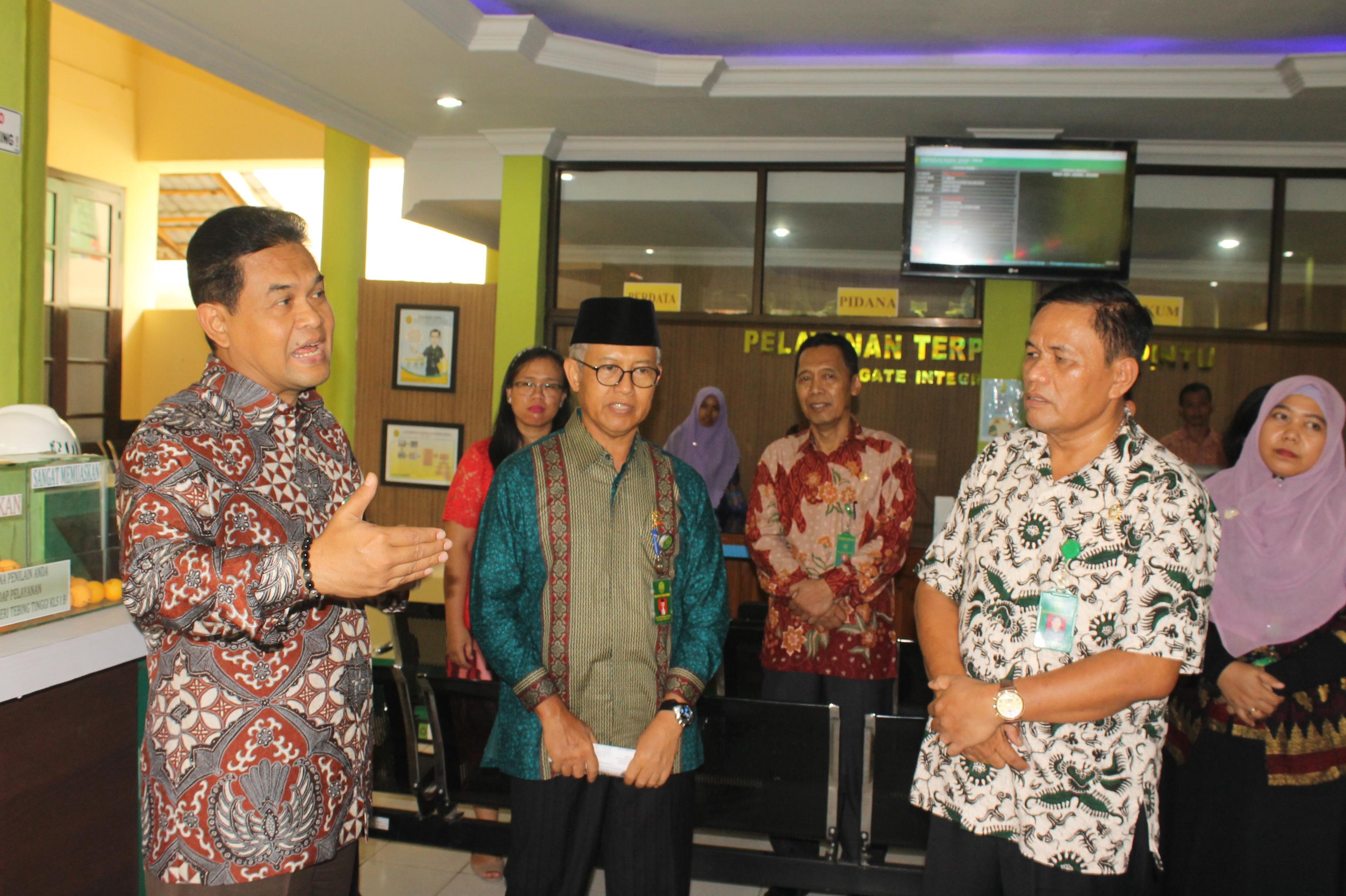 Peluncuran / Peresmian Pelayanan Terpadu Satu Pintu (PTSP) Se-wilayah Hukum Pengadilan Tinggi Medan di PN Medan & Tinjauan Langsung Dirjen Badilum ke Pengadilan Negeri Tebing Tinggi