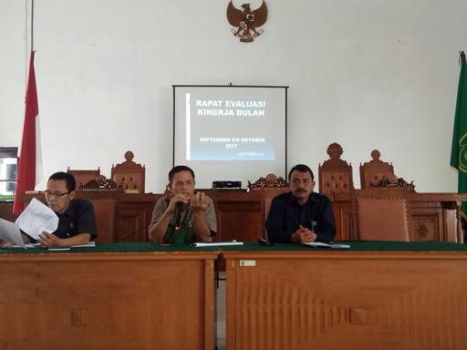 Rapat Rutin Bulanan Periode Oktober 2017 Pengadilan Negeri Tebing Tinggi