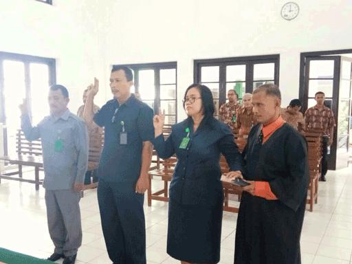 Pengambilan Sumpah & Pelantikan Sekretaris, Kasubag Kepegawaian & Ortala, dan Kasubag Perencanaan, TI dan Pelaporan PN Tebing Tinggi