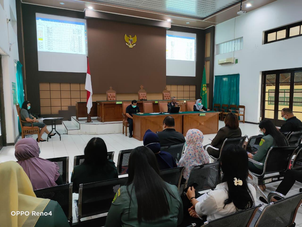 Rapat Sosialisasi Pemberlakuan Perubahan Standar Operasional Prosedur (SOP) Pelayanan Terpadu Satu Pintu (PTSP) Pengadilan Negeri Tebing Tinggi